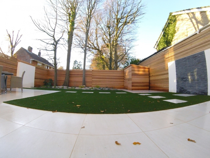 20 x 45mm Cedar fence and 20 x 70mm Cedar clad shed
