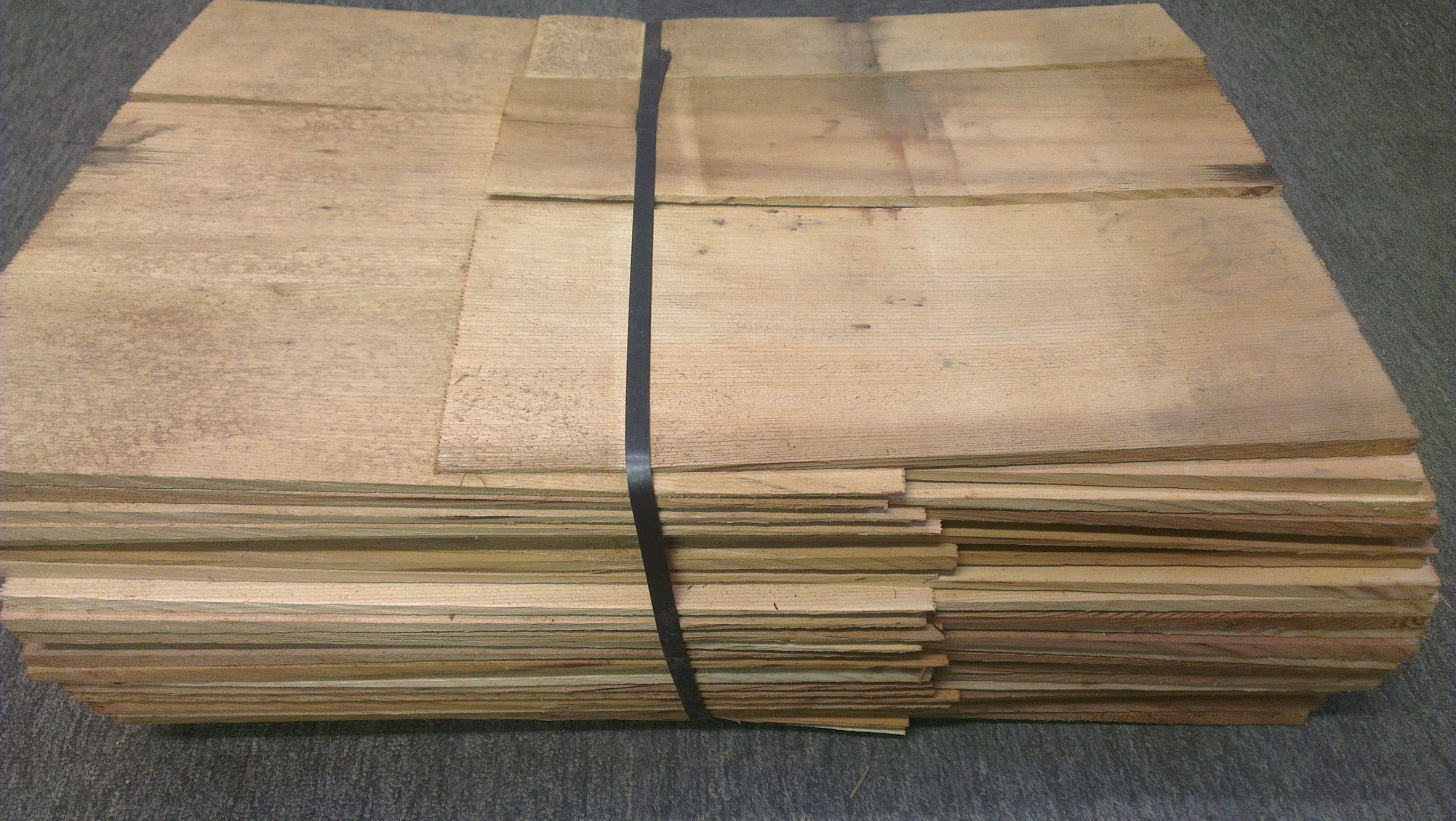 Western Red Cedar Shingles No 1 Grade Blue Label