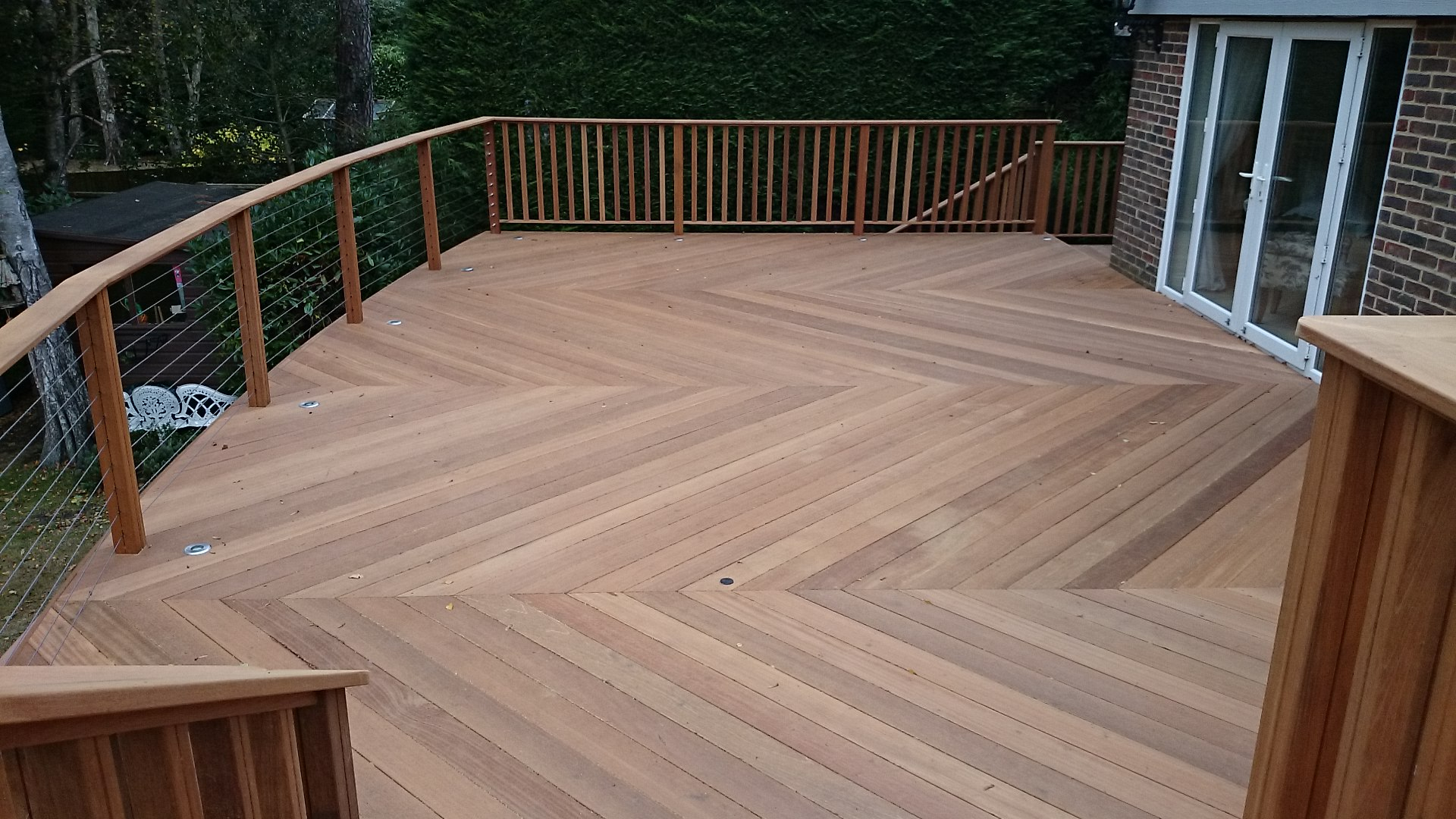 Yellow balau post smooth southgate timber hardwood for Smooth hardwood decking boards